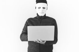 The Difference between Hackers, Cybercriminals and Hacktivist